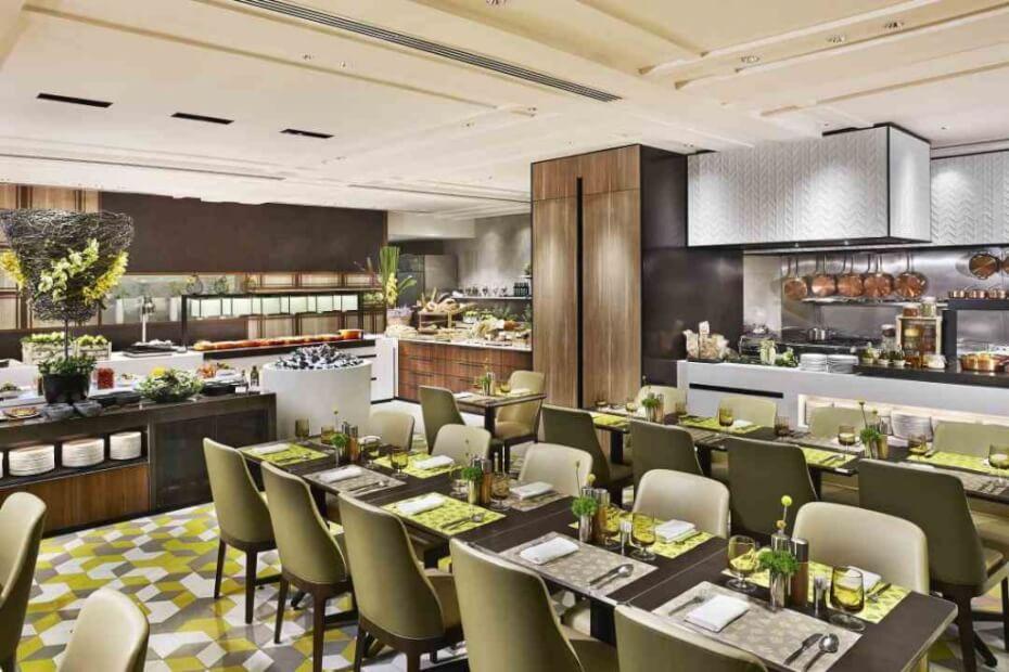 Lemon Garden Shangri La buffet interior and decor