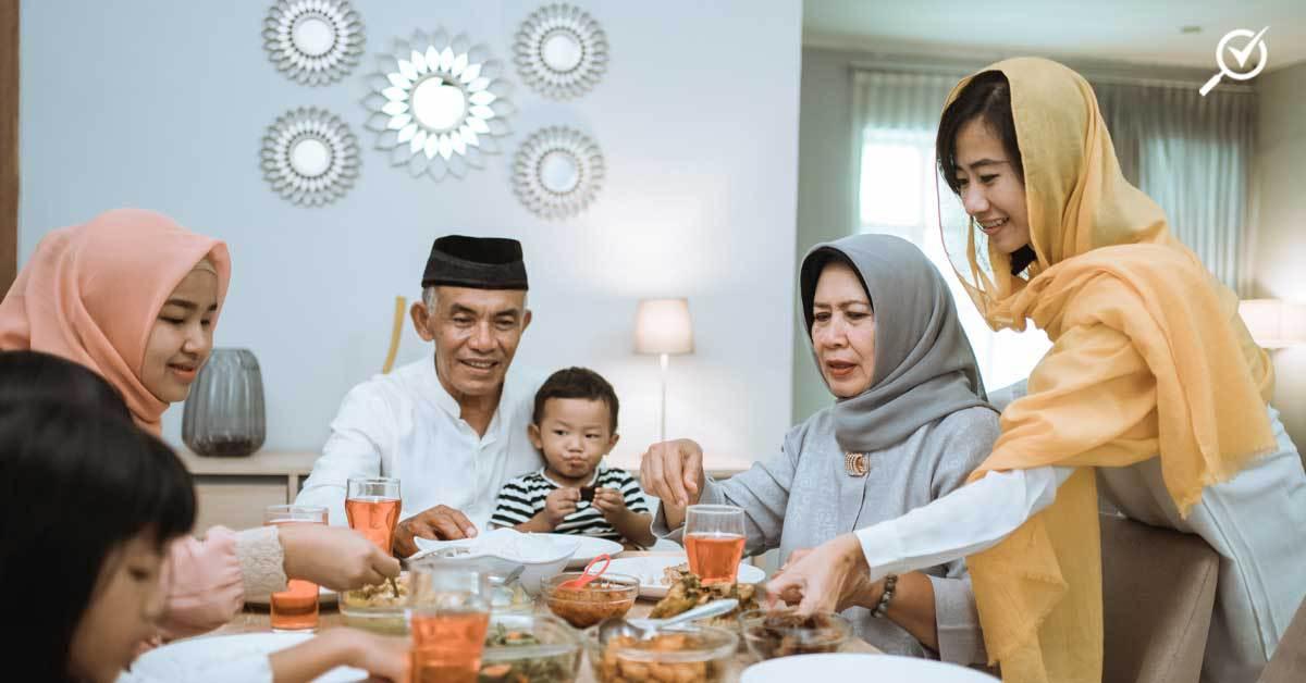 family gathering during berbuka